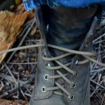 flint-laces-shoe-laces-that-can-start-a-fire-9209